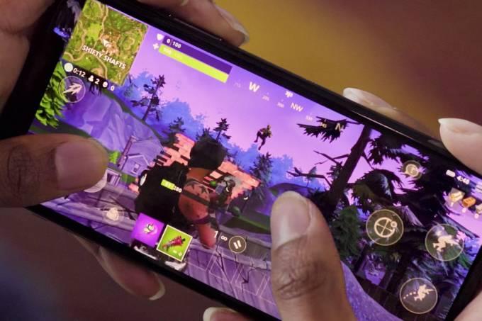Versão mobile de Fortnite causa confusão em escolas dos Estados Unidos