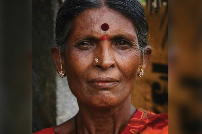 """Para que serve a """"pinta"""" na testa das indianas? –Abre"""