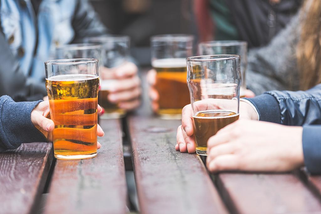 Adolescentes que fumam e bebem já podem apresentar problemas nas artérias