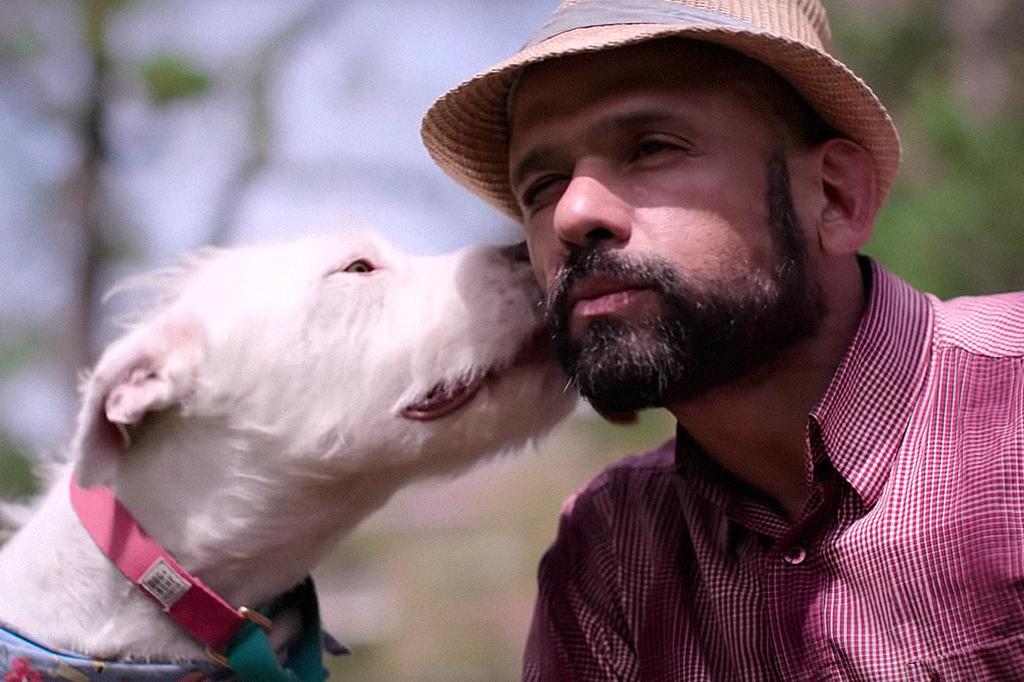 """Documentário """"Apenas Cães"""" Netflix"""