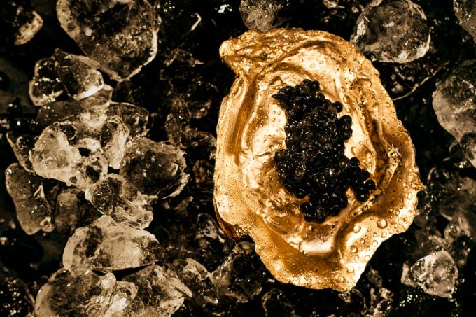 SI_400_caviar_1