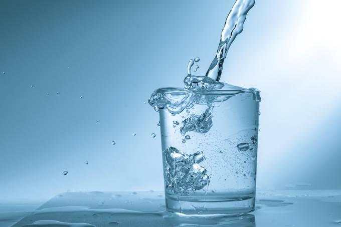 água que não congela