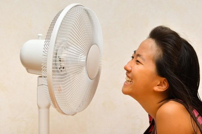 oraculo_Por que minha voz fica tremida quando eu falo na frente do ventilador