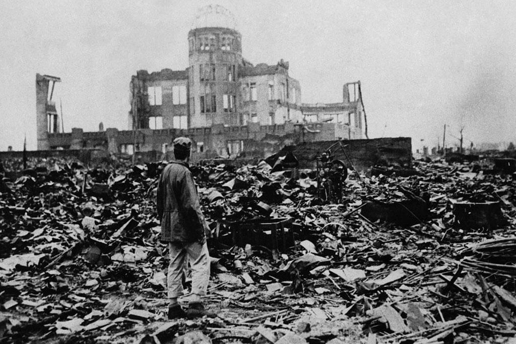 <strong>Os escombros de Hiroshima dias depois do primeiro ataque com bomba atômica da história.</strong>