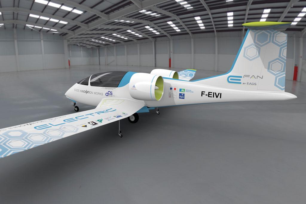 <strong>A gigante Airbus também aposta em aeronaves elétricas, conceito em estudo em seu protótipo E-Fan 2.0, que usa baterias de lítio para voar, com dois passageiros a bordo. </strong>