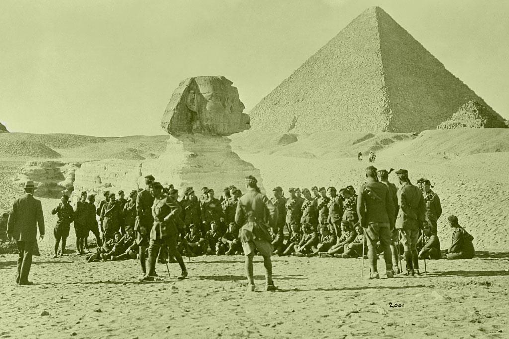 <strong>Tropa aliada no Egito, a milhares de quilômetros dos fronts europeus: guerra espalhada por 3 continentes.</strong>