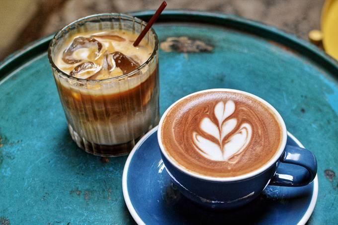Beber café pode ativar mudança nas expressão de seus genes