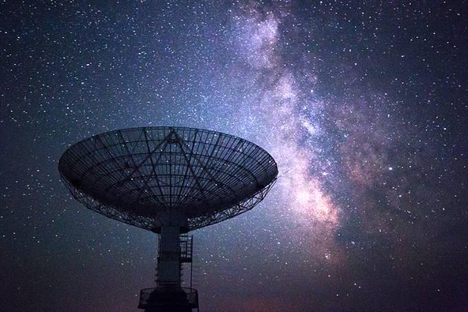 Cientistas estimam que exista 36 civilizações alienígenas contatáveis