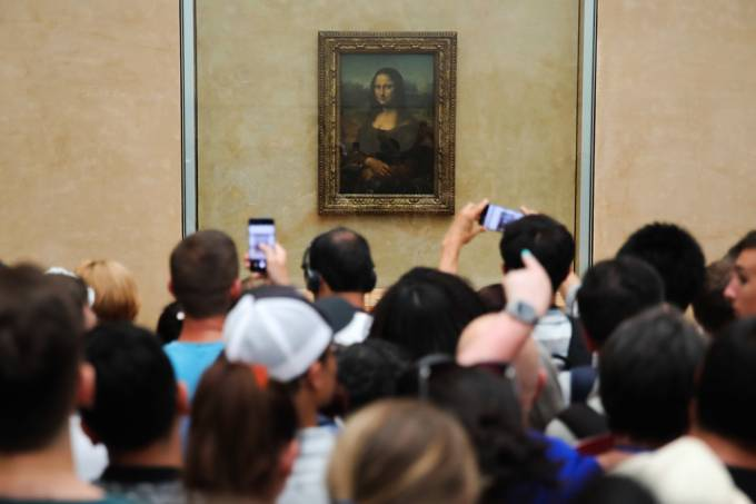 O Louvre vai proibir as pessoas de se aglomerar na frente da Mona Lisa (SEO)