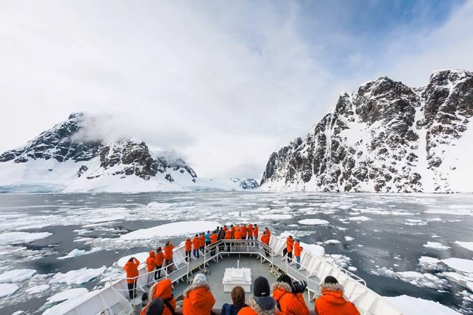 16-Menos de 1/3 da Antártica permanece intocada pela humanidade