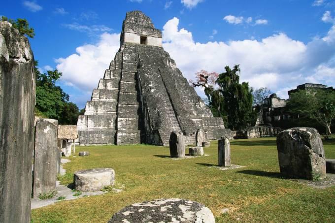 SI_417_Novas_Tikal
