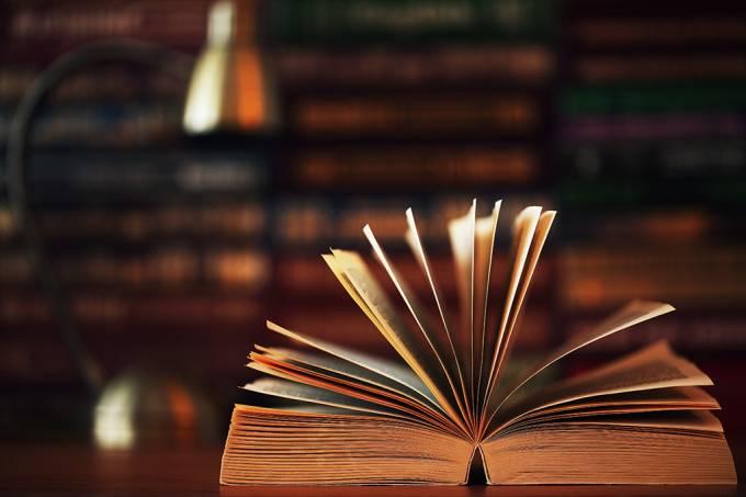 Um país que taxa livros impede que o conhecimento circule