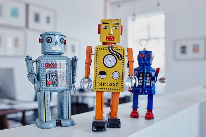 ORCL | Qual é a diferença entre robô, androide e ciborgue?