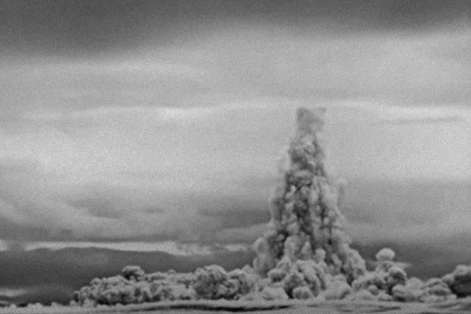 Rússia divulga vídeo da maior explosão nuclear de todos os tempos