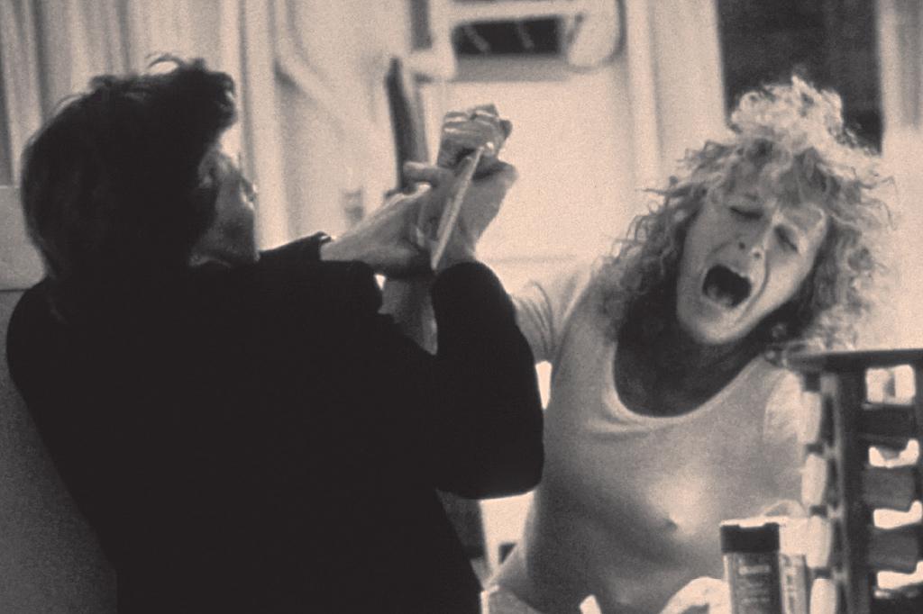 <strong>Nenhum filme foi tão revelador da perturbação psíquica a que pode levar uma rejeição quanto Atração Fatal (1987).</strong>