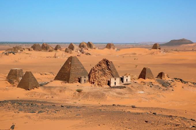 Enchentes no Sudão ameaçam pirâmides de 2,3 mil anos