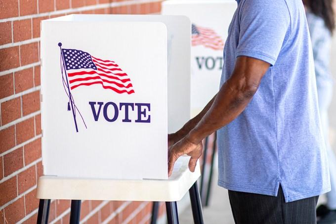 Drogas, aborto e racismo: as outras votações nos EUA em 2020 além da presidencial