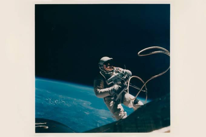 2,4 mil fotos da corrida espacial vão a leilão por até R$ 200 mil