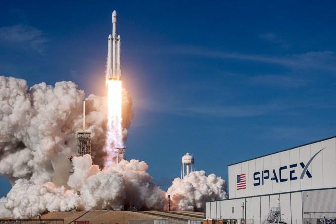 SpaceX quer que sua colônia em Marte siga sistema de leis próprio