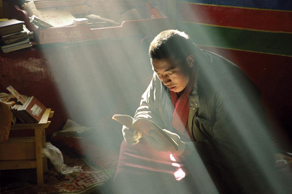 <strong>Na hora da morte, o chinês é budista, e lê os sutras para ter sorte na próxima vida.</strong>