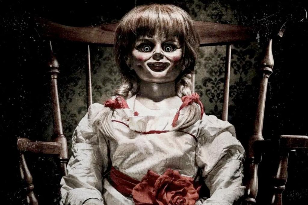 <strong>Annabelle em Hollywood: Foram produzidos três filmes Inspirados no famoso caso da boneca.</strong>