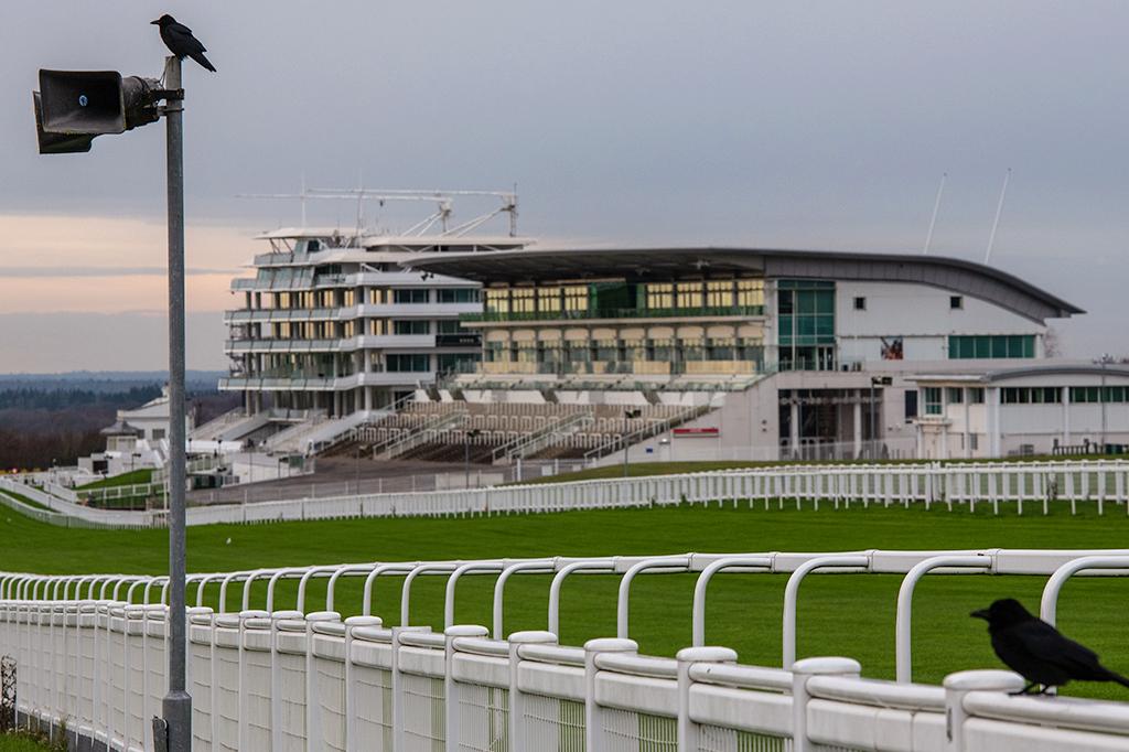 Pista de corrida de cavalos Epsom Downs, na Inglaterra.
