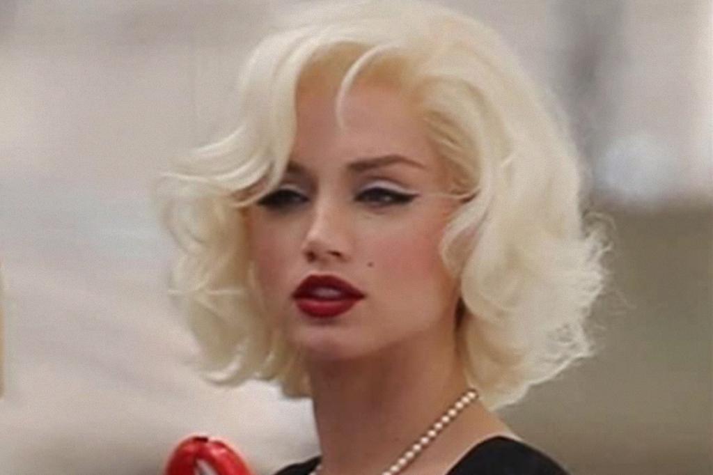Atriz Ana de Armas interpretando Marilyn Monroe.