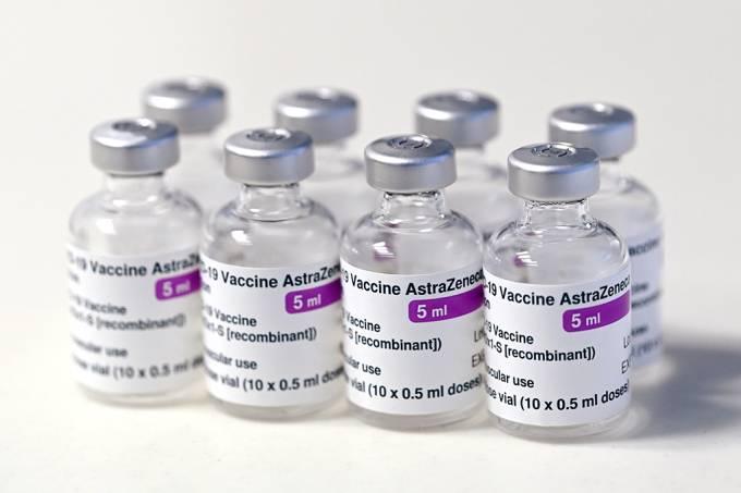 Vacinação interrompida na África do Sul