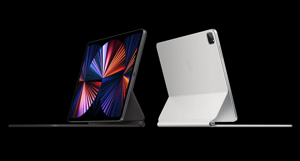 Foto do novo iPad Pro em duas cores.