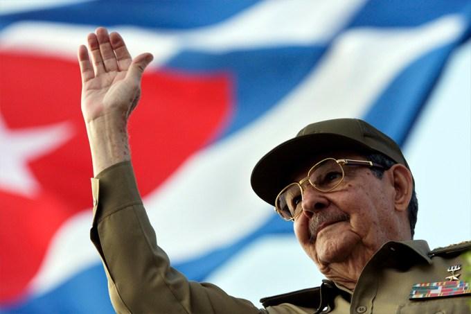 CIA planejou acidente aéreo para matar Raul Castro