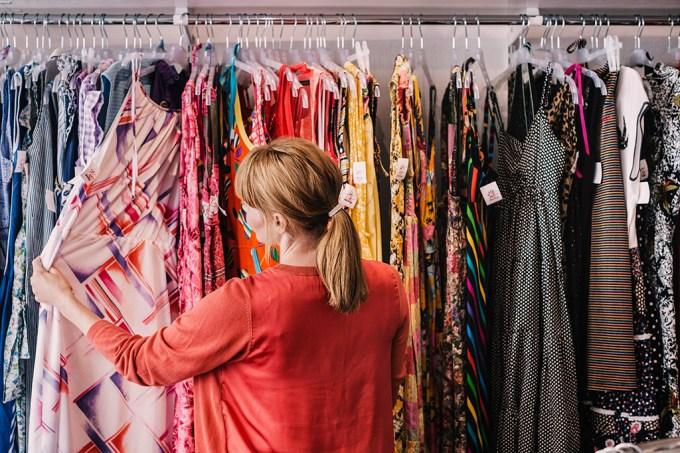 SI_427_ORCL_roupas-nao-vendidas_site