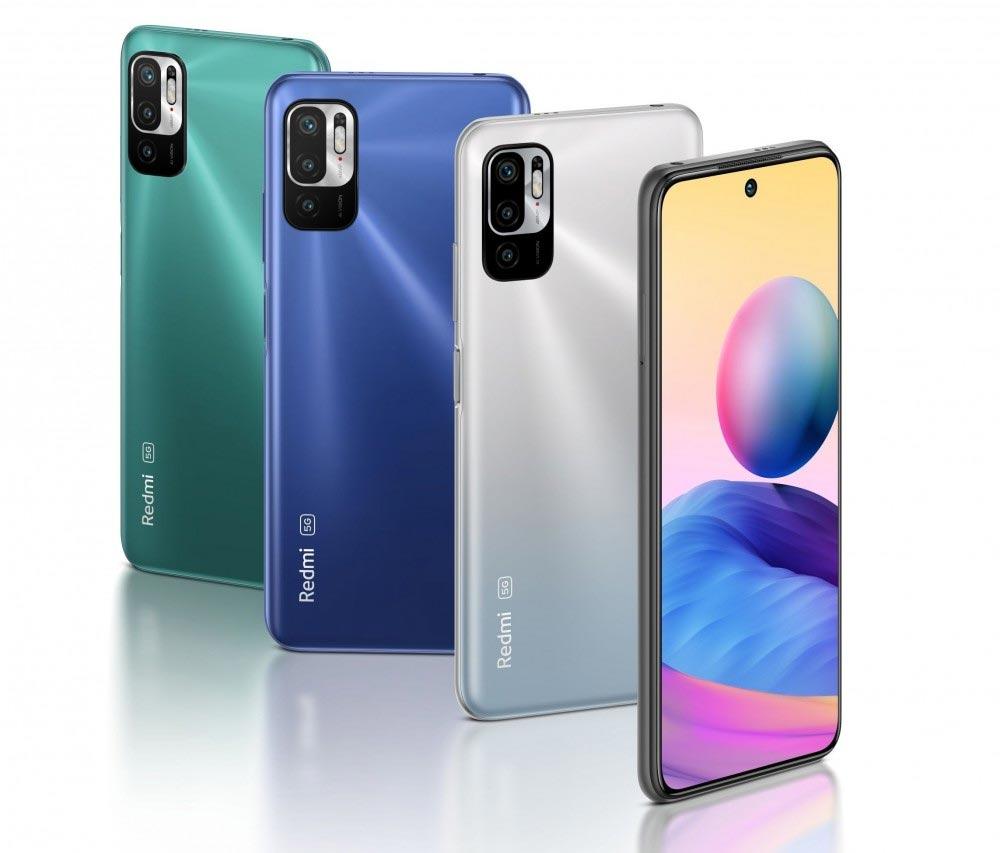 4 smartphones Redmi Note 10 5G nas cores verde, azul e prata num fundo branco.