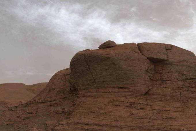 Rover da Nasa capta imagens de nuvens raras em Marte