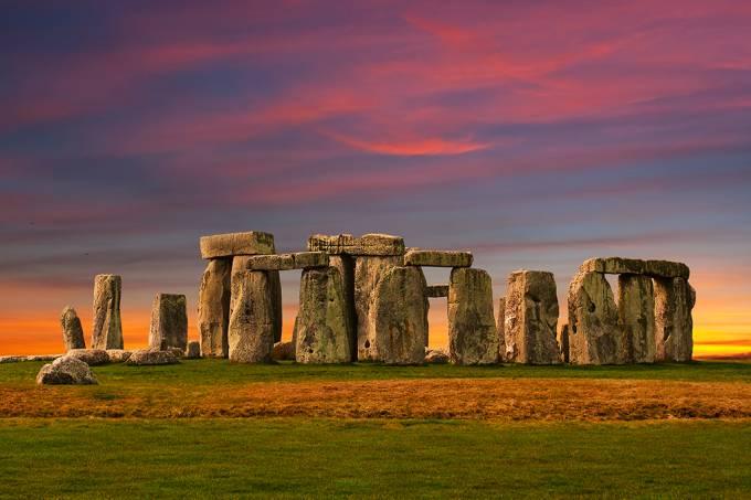 09-08_stonehenge_SITE