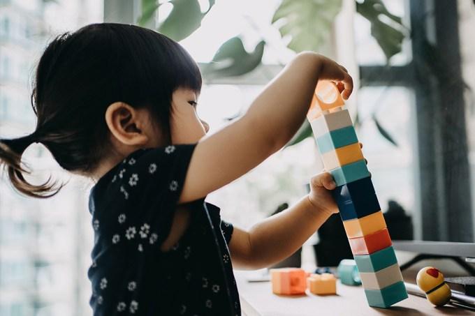 Nova terapia dirigida a bebês pode reduzir probabilidade de diagnóstico de autismo