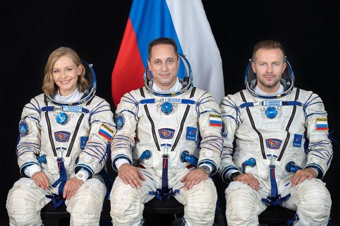 Ator e diretor russo chegam à estação espacial para fazer o primeiro filme em órbita